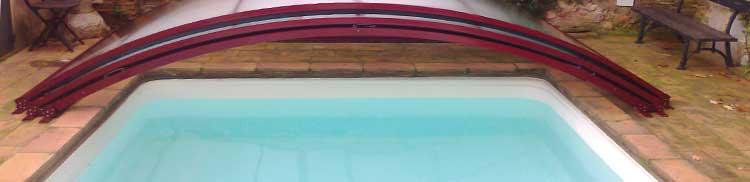 Imagen de consejos para la manipulación de productos químicos en la limpieza de la piscina y el mantenimiento del agua
