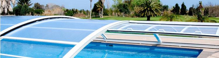 Imagen de ¿Te gustaría disfrutar de tu piscina todo el año pero no sabes qué tipo de cubierta de piscina elegir? En este artículo te damos las claves para que hagas la mejor elección.