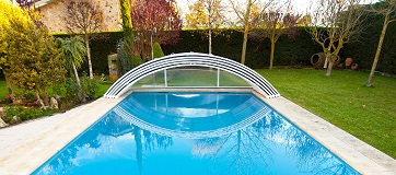 Elegir cubierta para piscina