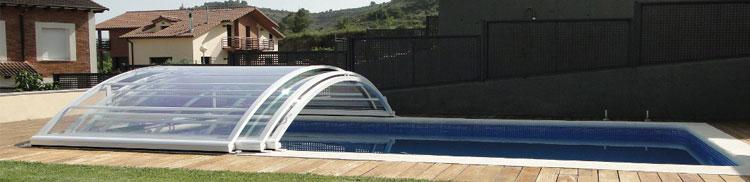 Con la cubierta baja Visión, además de mejorar la seguridad de niños y mascotas, podrás disfrutar de tu piscina todo el año
