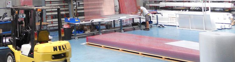 Imagen de empresa de diseño, fabricación e instalación de cubiertas de piscina en continuo desarrollo que apuesta por la calidad y la innovación