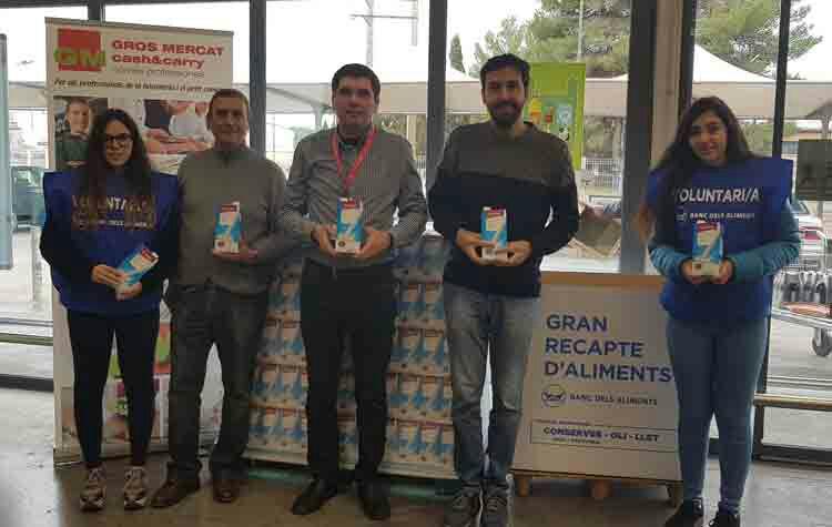 Entrega de 750 litres de Lleida del Grupo Miquel