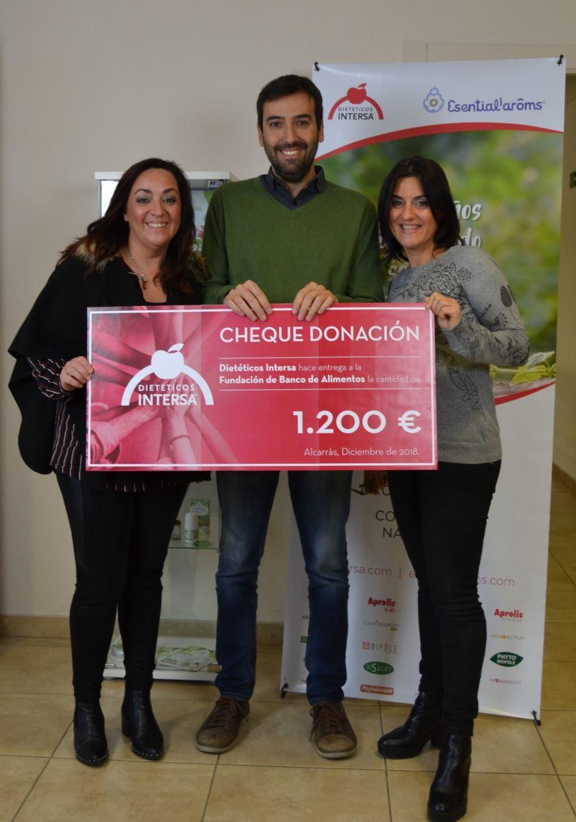 Dietéticos INTERSA dona 1.200 euros al Banc dels Aliments de Lleida