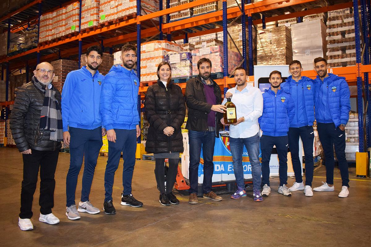 Donació d'oli del Lleida Esportiu