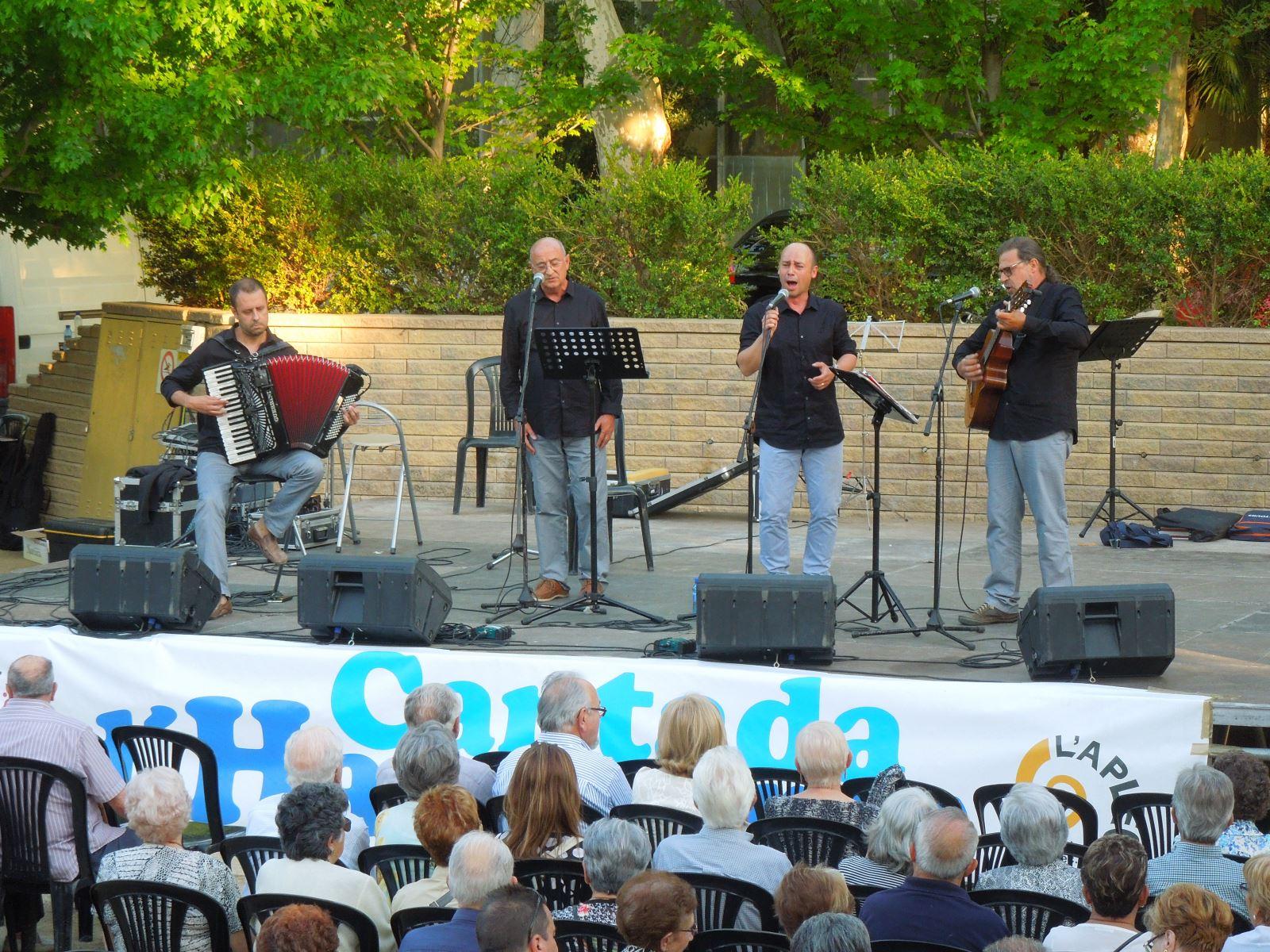 El grup Boira, a l'Aplec del Caragol 2015