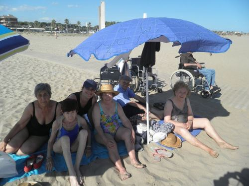 Disfrutando de la playa de Castelldefels
