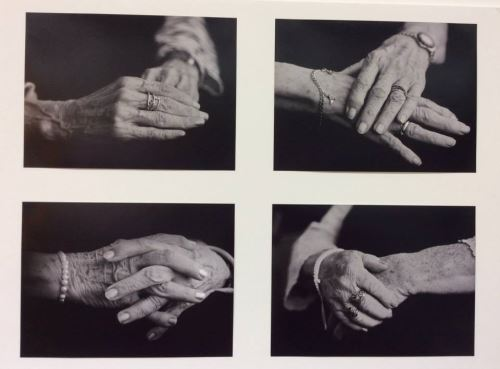 """Una de las fotos de la exposición """"Singularitats de dona"""", obra de Carmen Rosa Perusa Pascual, que pudieron ver las residentes de El Recer"""