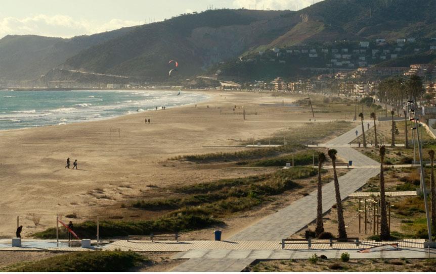 Vista del paseo marítimo de Castelldefels