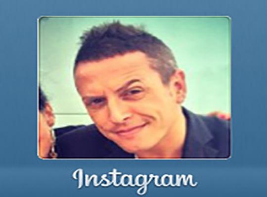 Dinamización de la cuenta de Instagram, seguimiento de usuarios y publicación de fotografías del presentador, reportero y monologuista.  - Snik Comunicación