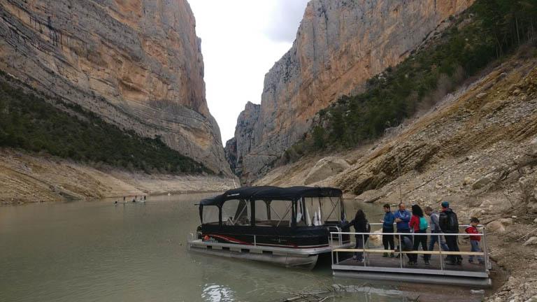 ¡Paseo en catamarán en Montrebei!