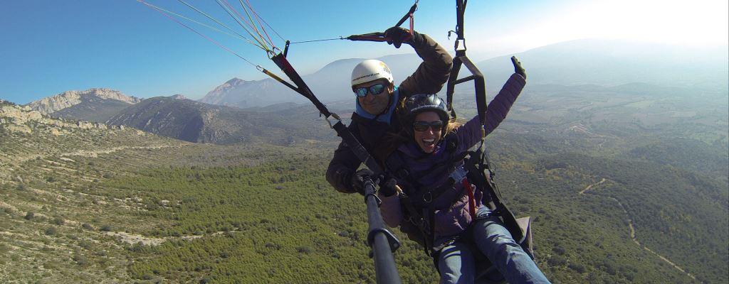 Vols en parapent per la Vall d'Àger
