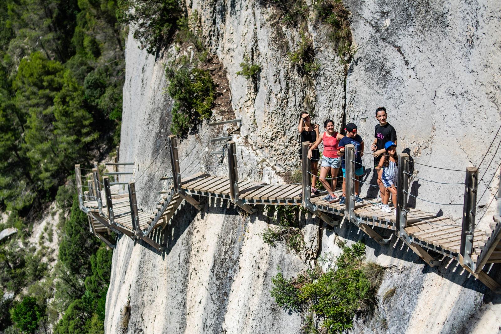 pasarelas, Montfalcó, ruta, escaleras, kayak, Àger, aventúrate, desfiladero, mont-rebei, carcoma, Aragón