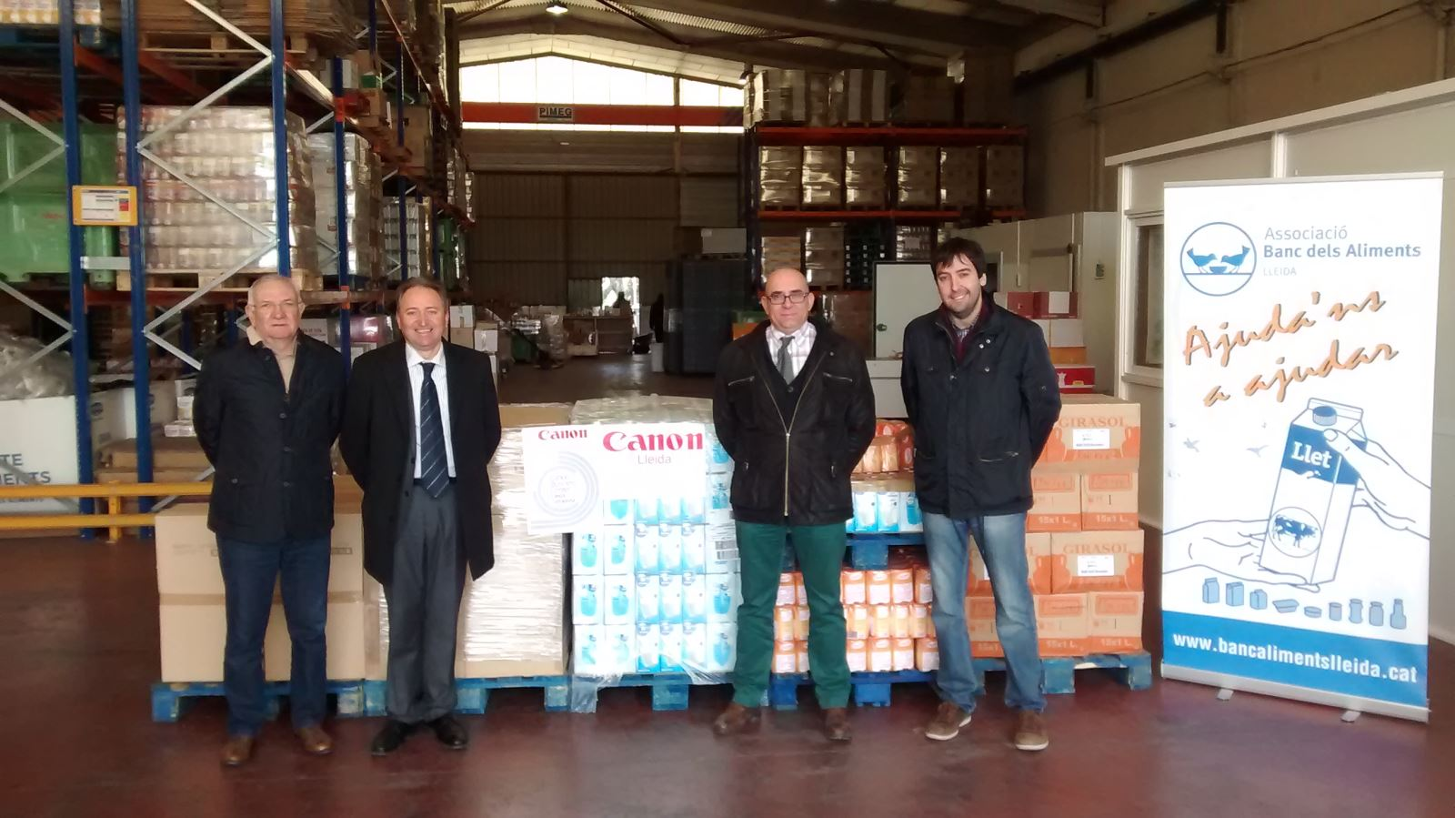 Canon Lleida fa una donació de 3.000 euros al Banc dels Aliments