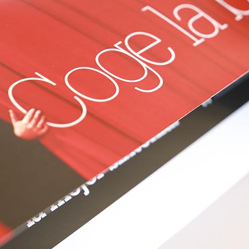 Idea, diseño, producción, manipulación y maquetación una acción de Marketing Directo con batuta incluída para captación de nuevos clientes de Traycco.